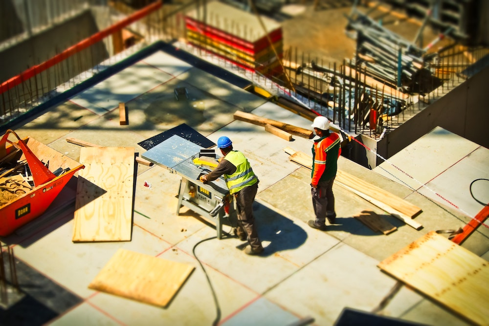 Which Businesses Need Construction Commercial Insurance?